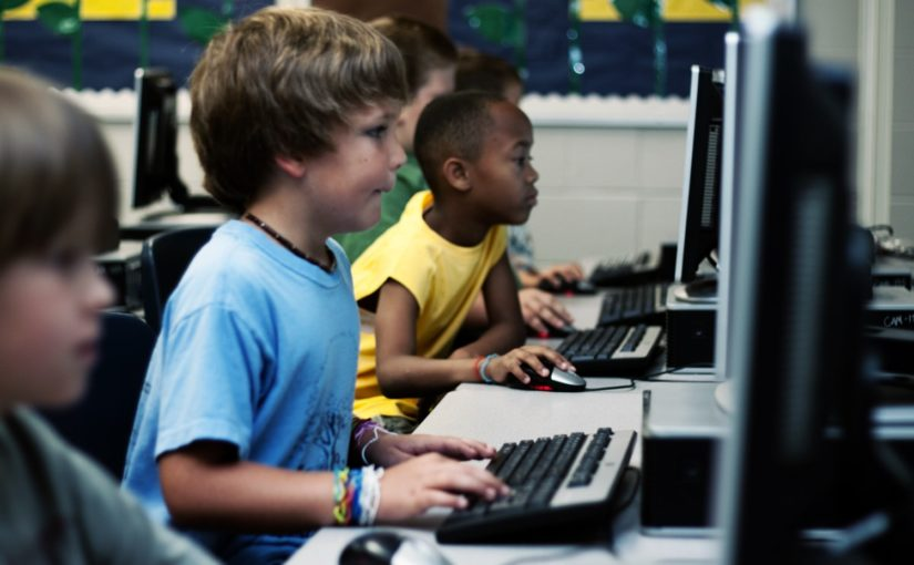 """Comunicato Stampa: """"Il diritto a Internet parte a scuola"""""""